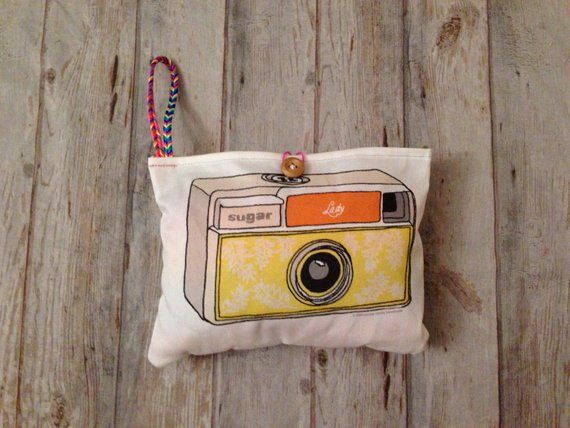 camera bag, KIDS camera purse,  Pretend Play Camera, Camera wristlet, Nursery Decor, camera plushy, #camerapurse