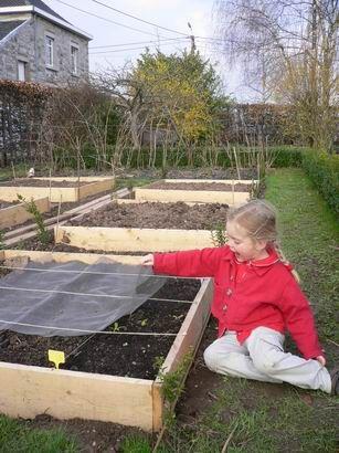 Le potager en carr s comment d buter id es plantes carr potager potager et jardin for Jardin en carre en hauteur