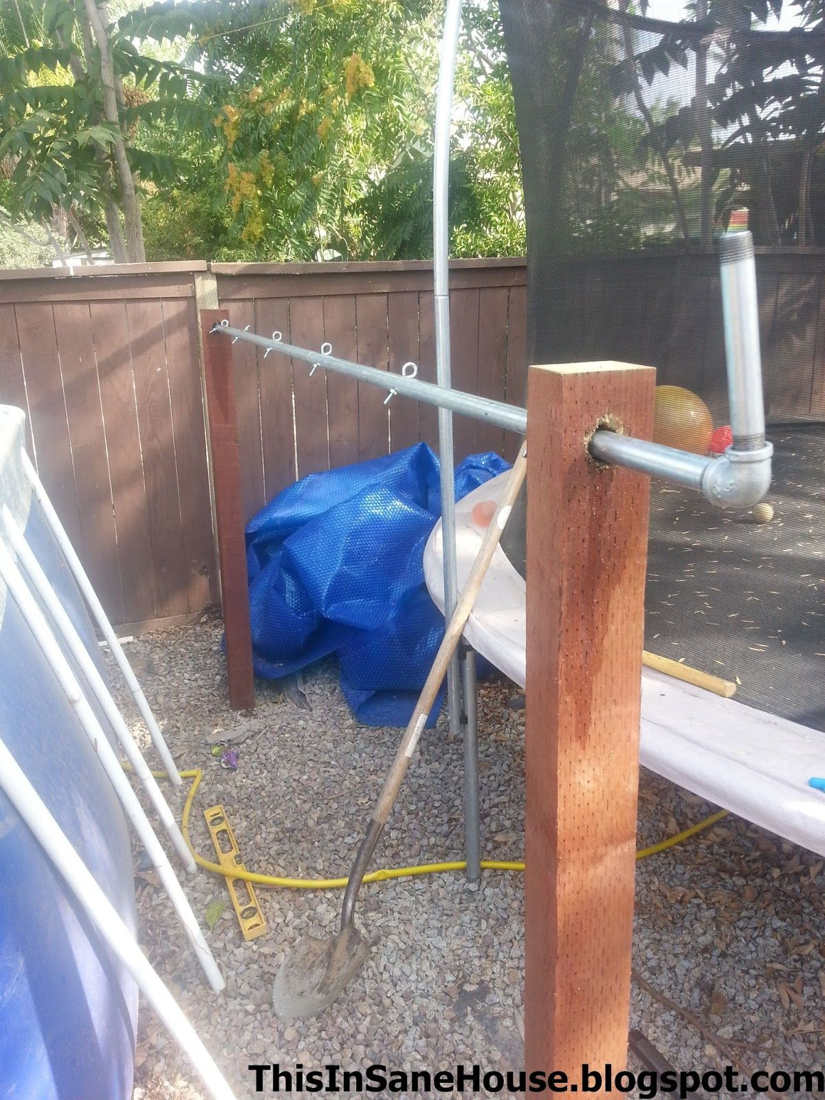 Pool Garten Winter This Insane House Diy Solar Cover Reel For An Above Ground Pool