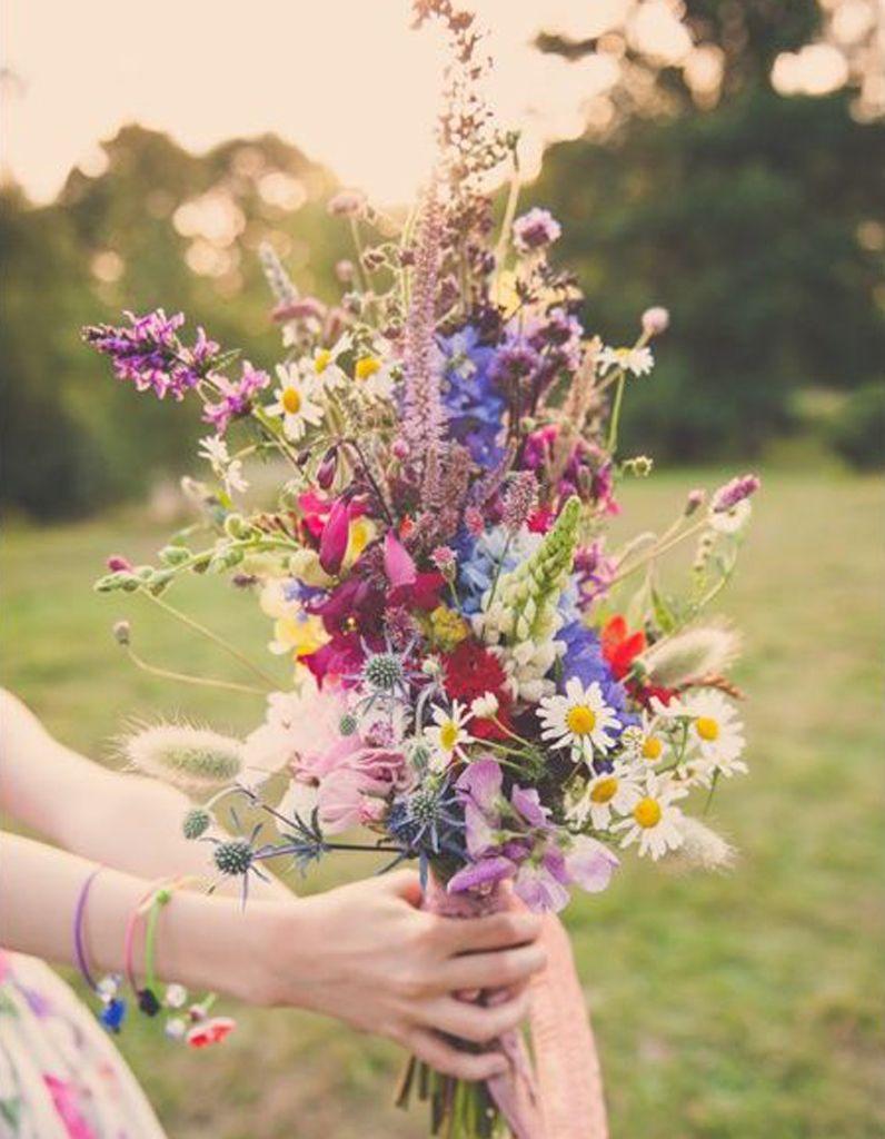 bouquet de mari e fleurs des champs 20 beaux bouquets de. Black Bedroom Furniture Sets. Home Design Ideas