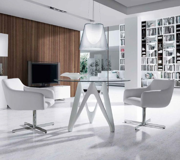 Mesa De Cristal Templado Redondo Y Base De Nogal Italian Furniture Stores Italian Furniture Modern Furniture Design Modern