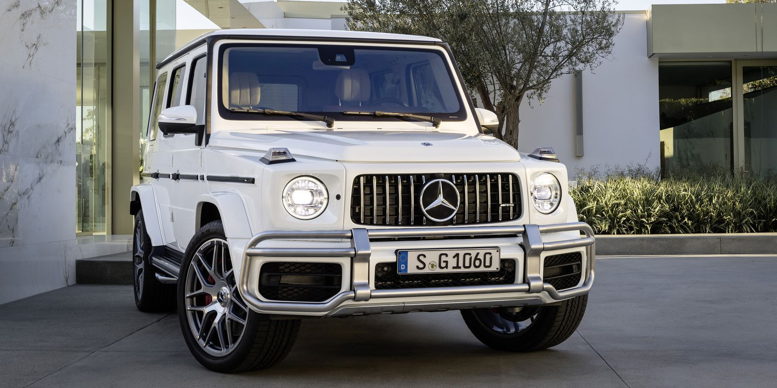 the 2019 mercedes amg g63 is here to go quicker than any 4x4 should rh pinterest com
