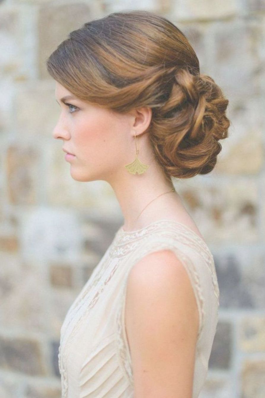 25 Best And Beautiful Winter Wedding Hairstyle Ideas - OOSILE | Winter wedding hair, Summer ...