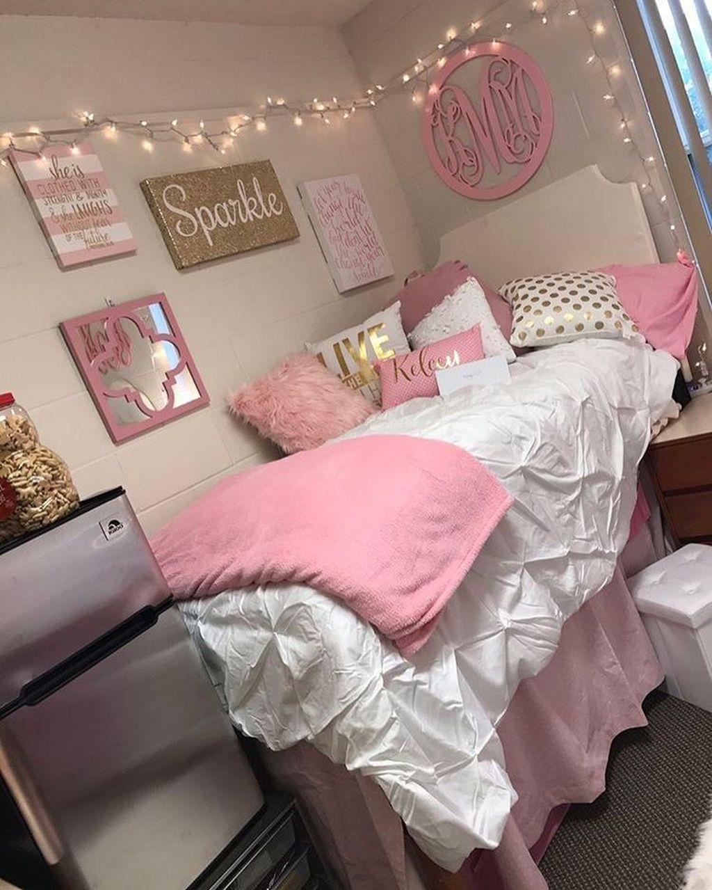 30+ Cute Girl Dorm Room Design Ideas images
