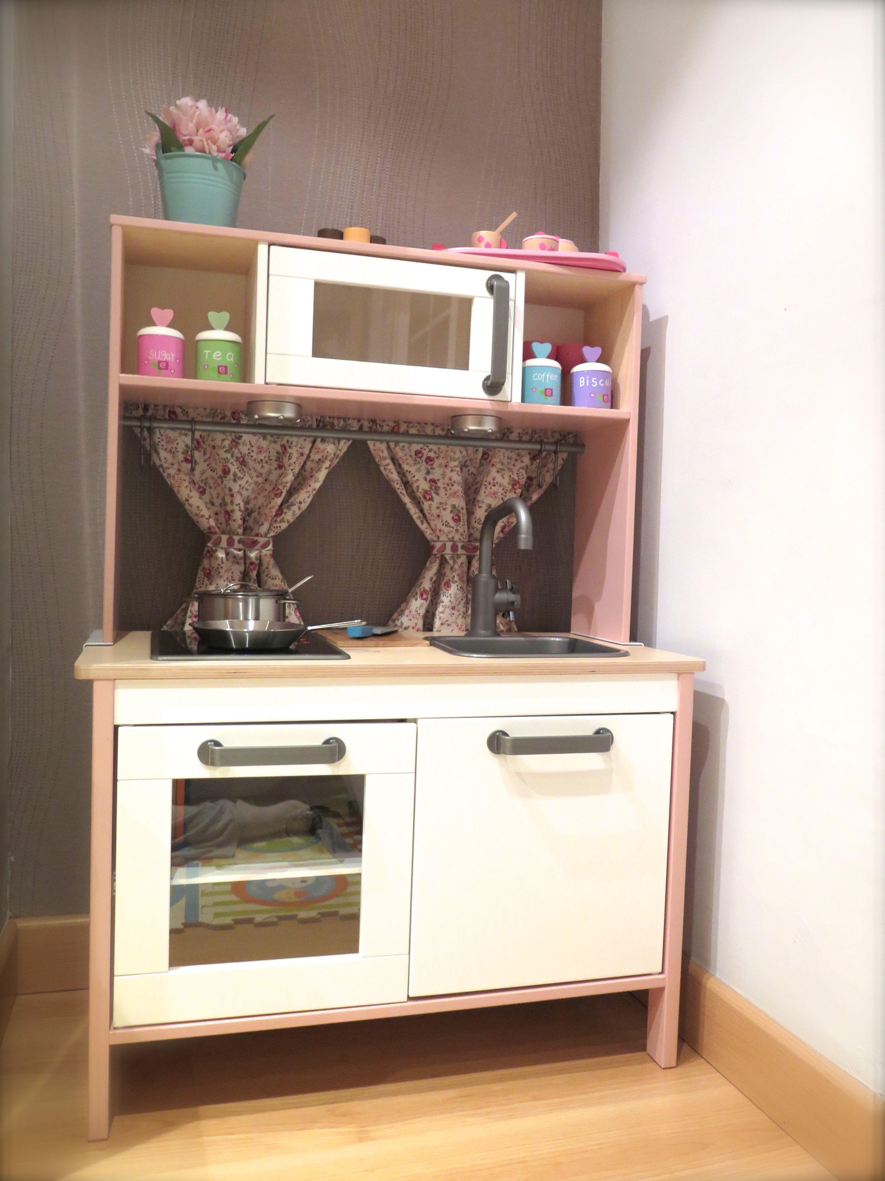 Es la cocina de juguete de ikea modelo dukting customizada for Cocina de creacion