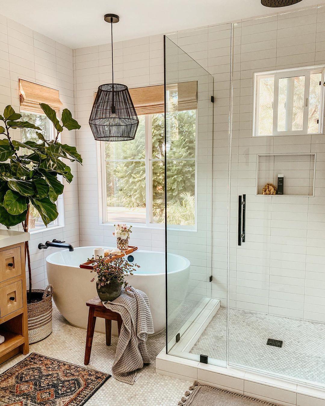 California Casual Bathroom In 2020 Bathroom Interior Design Bathroom Interior Bathroom Inspiration