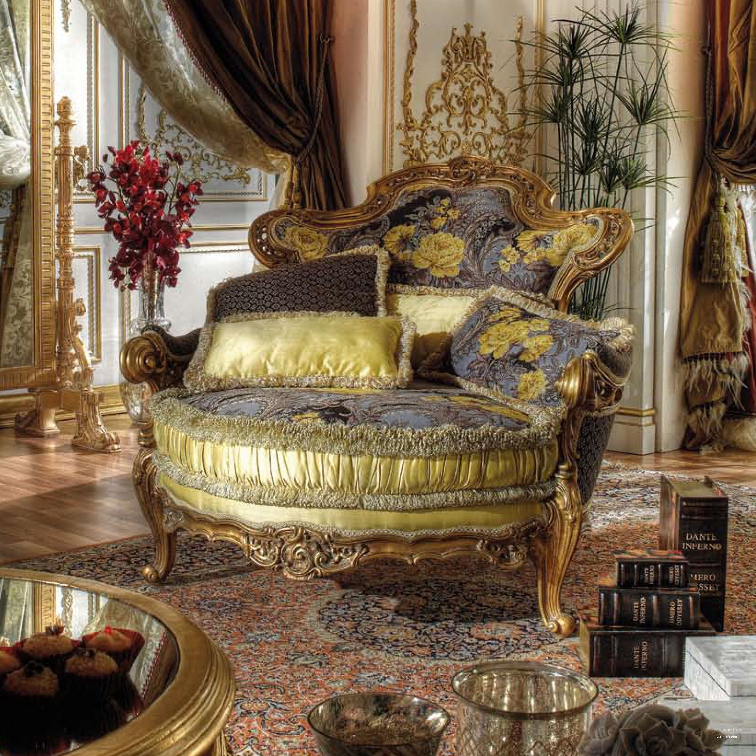 Luxury armchair by Asnaghi Interiors S.r.l., Italy