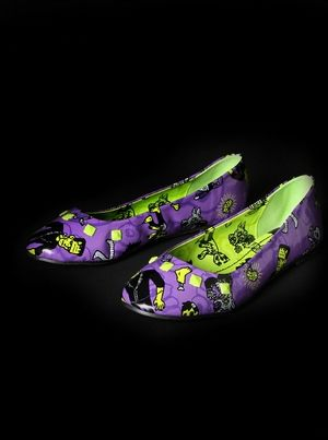 These ones are awesome. I want something like this for wedding shoes but with a little more monsters. I need something funky on my feet