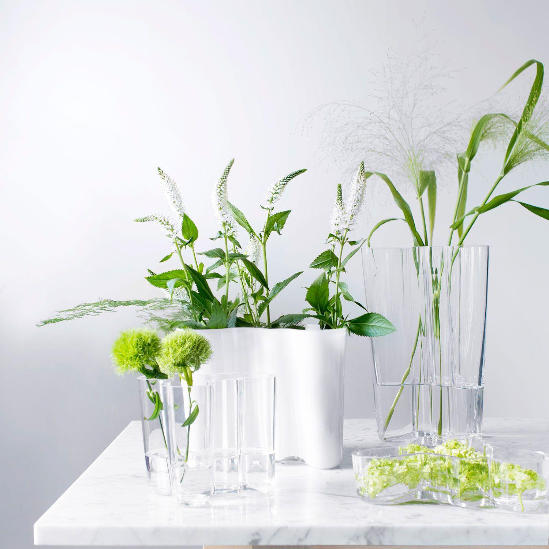 Idee Deco Pour Grand Vase Transparent savoy de iittala : vase emblématique dessiné par alar aalto