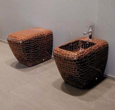 Pin By Plusbathrooms On Bathrooms Luxury Toilet Toilet Design Cool Toilets