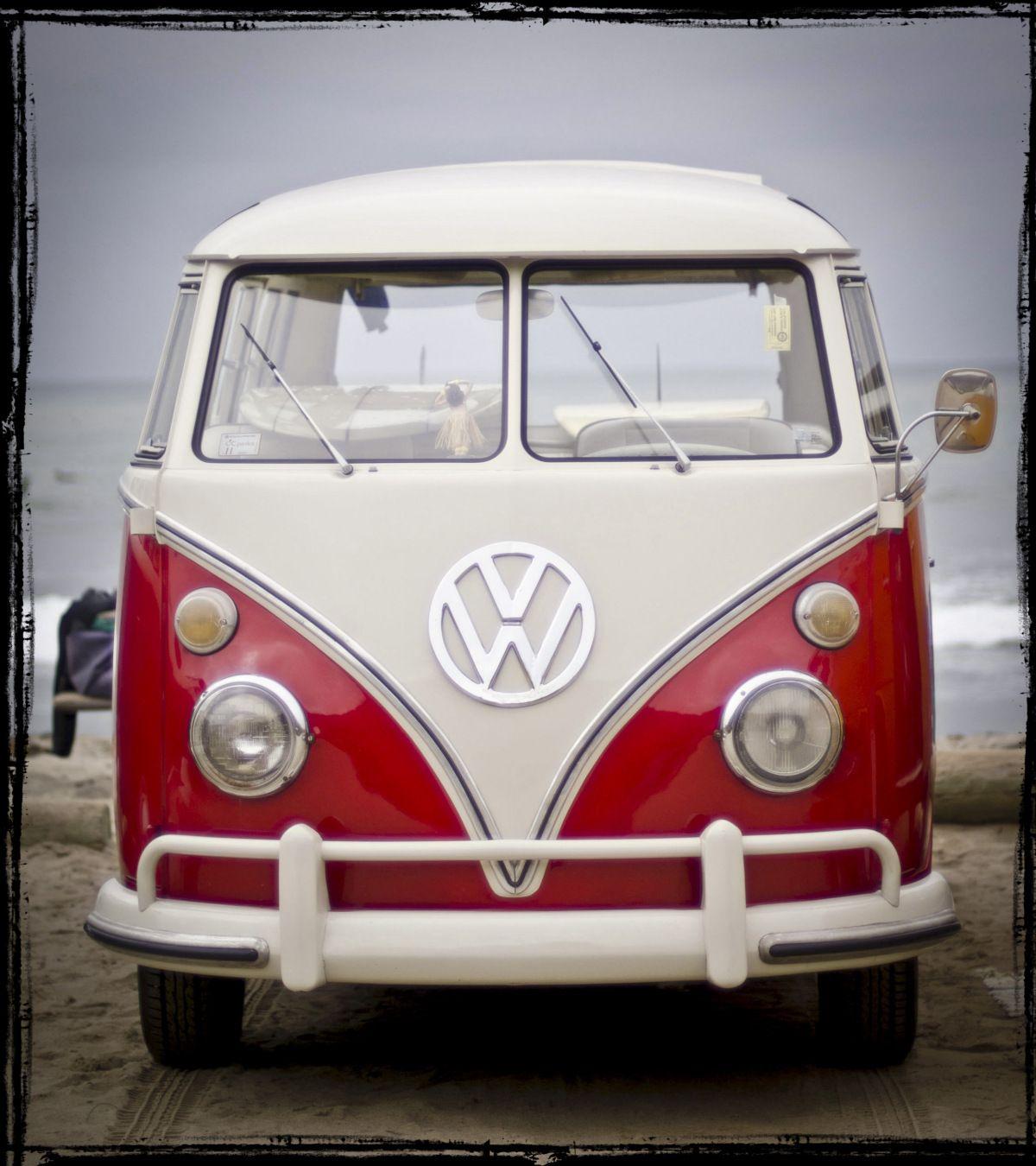 San Diego Beach Surf A Vw Bus Vw Bus Volkswagen Van Vintage