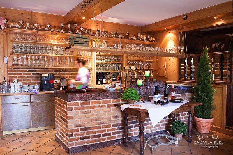 Rustikale Bar rustically wedding bar in wedding location with bricks by