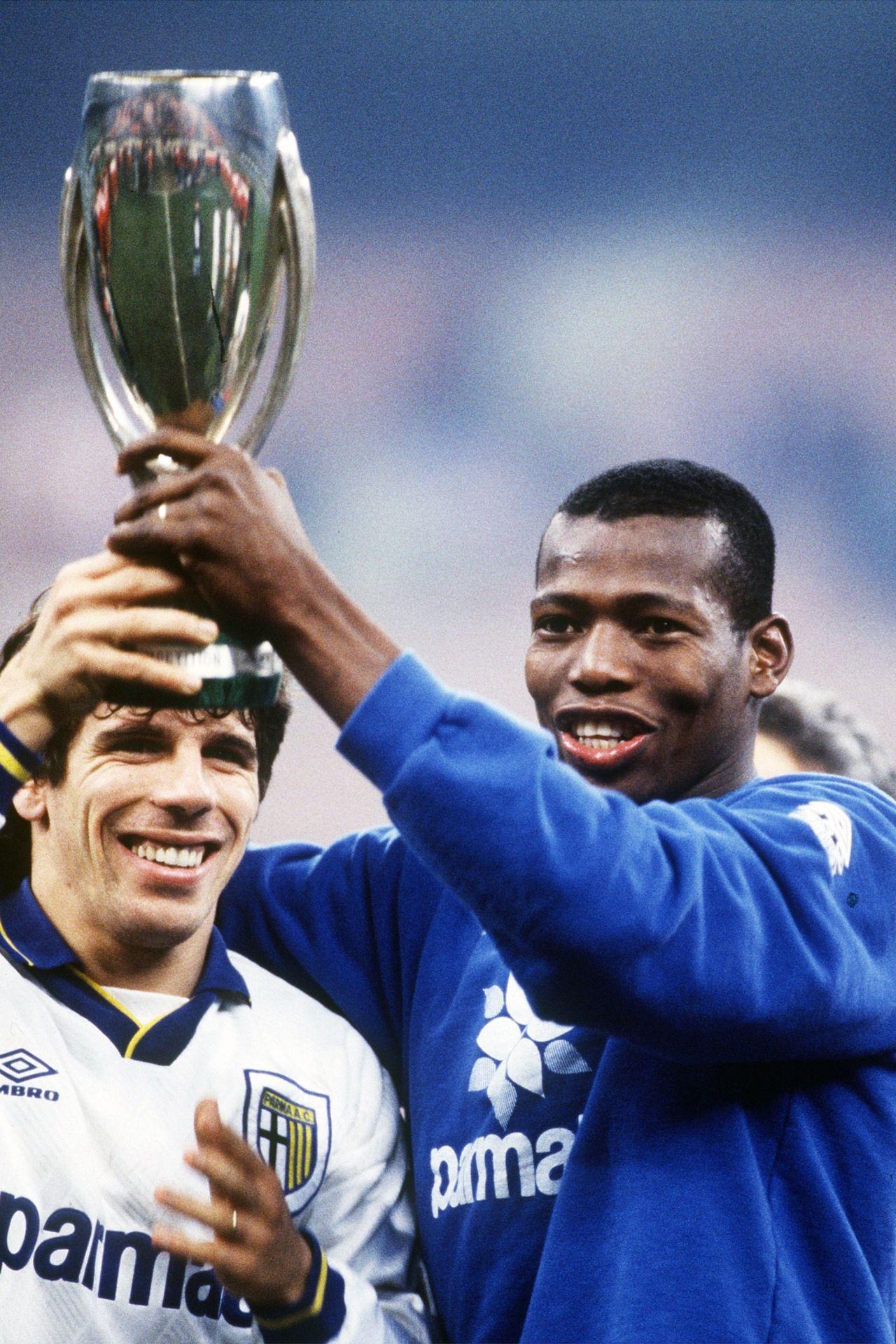 Gianfranco Zola y Faustino Asprilla campeones de Copa Italia con el Parma