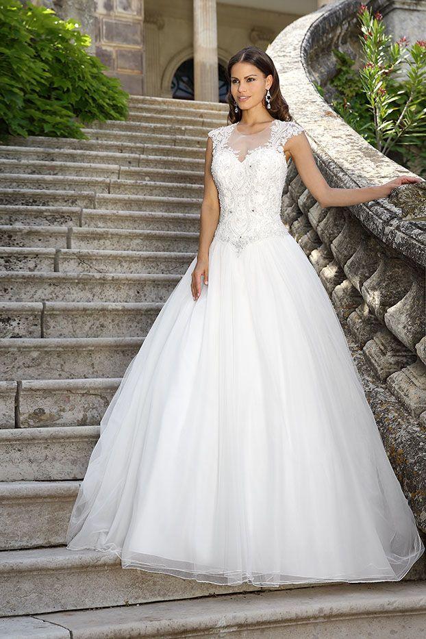 Click to advance   Kleider   Pinterest   Wedding dress, Weddings and ...