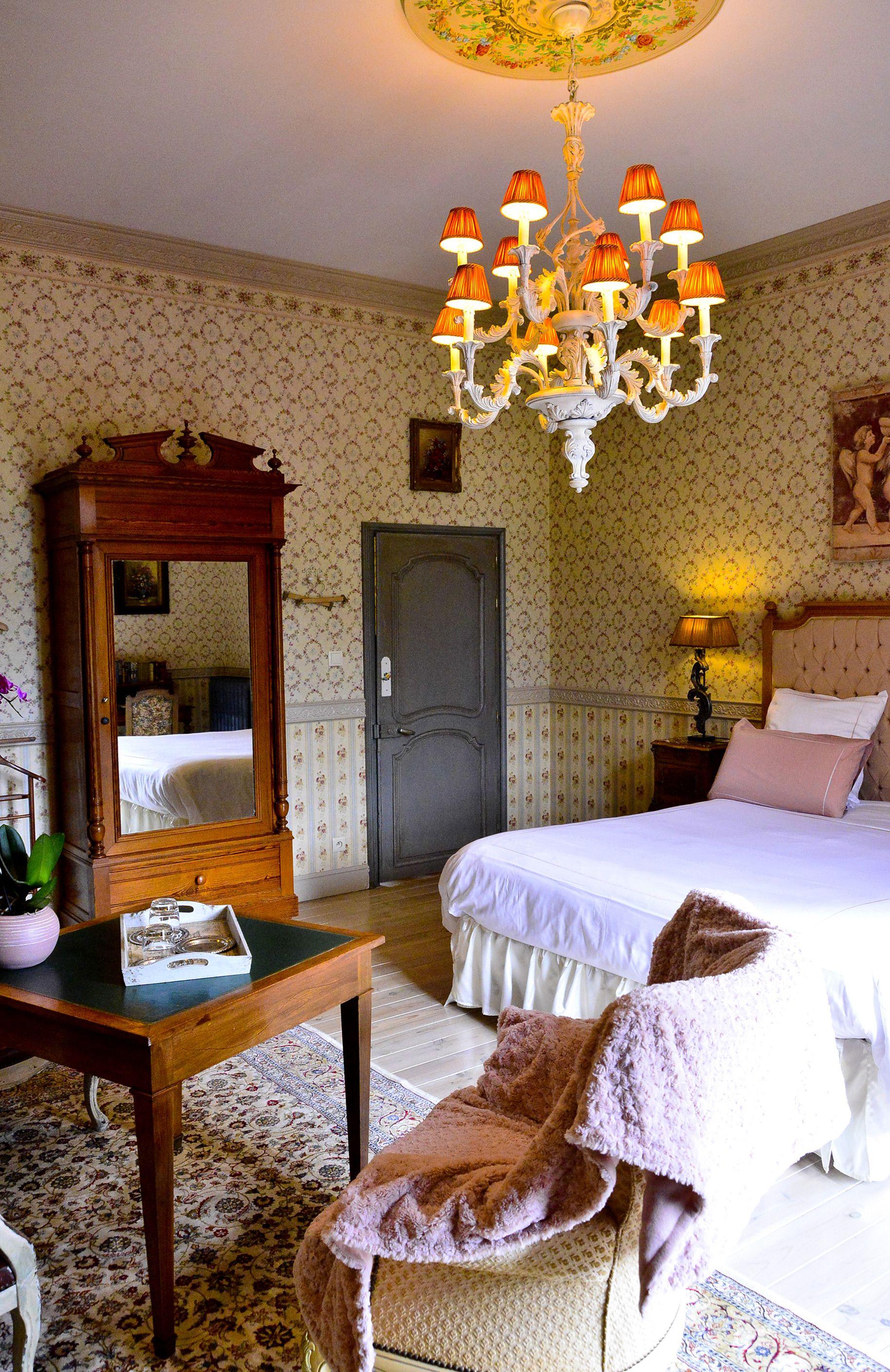 La Chambre De La Comtesse Location Francophone En 2020 Chambre A Louer Chambre A Coucher Decoration Interieure