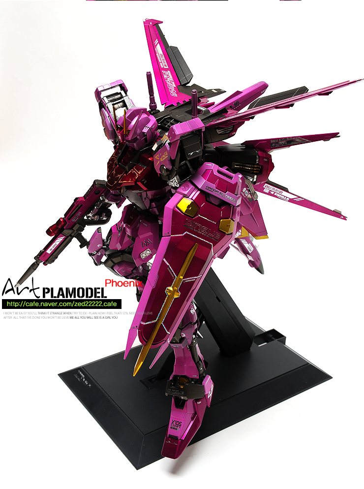 PG Dark Aile Strike Gundam by Artman (Korea)  . Full customized coloring (Limited edition feeling)   http://cafe.naver.com/zed22222.cafe (official cafe)  http://signaturedition.com