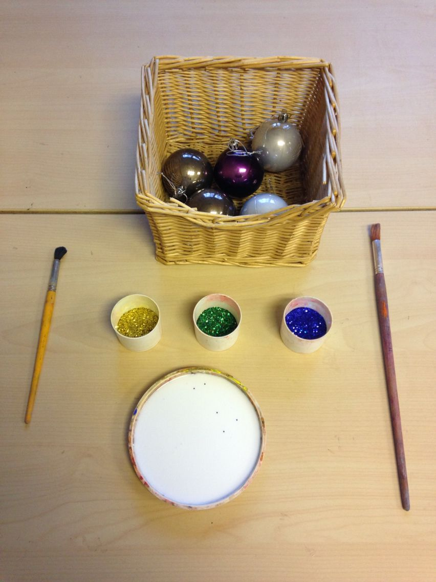 Invitation Decorate Baubles. Early Years Christmas Crafts. - Eychloe