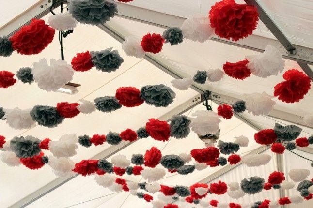 le mariage champ tre et participatif de johanna pluvieux et tr s heureux pompon rouge. Black Bedroom Furniture Sets. Home Design Ideas