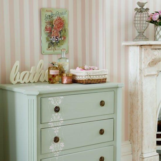 Stencil Patterns - Striped Wall - Pastel Bathroom - Vintage