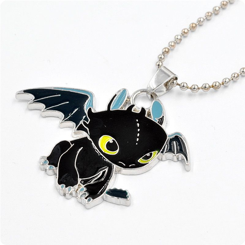 How to Train Your Dragon Necklace - Toothless Night Fury Pendant in Black Enamel - Cartoon Character Necklace for Kids qJFnMvWWvZ