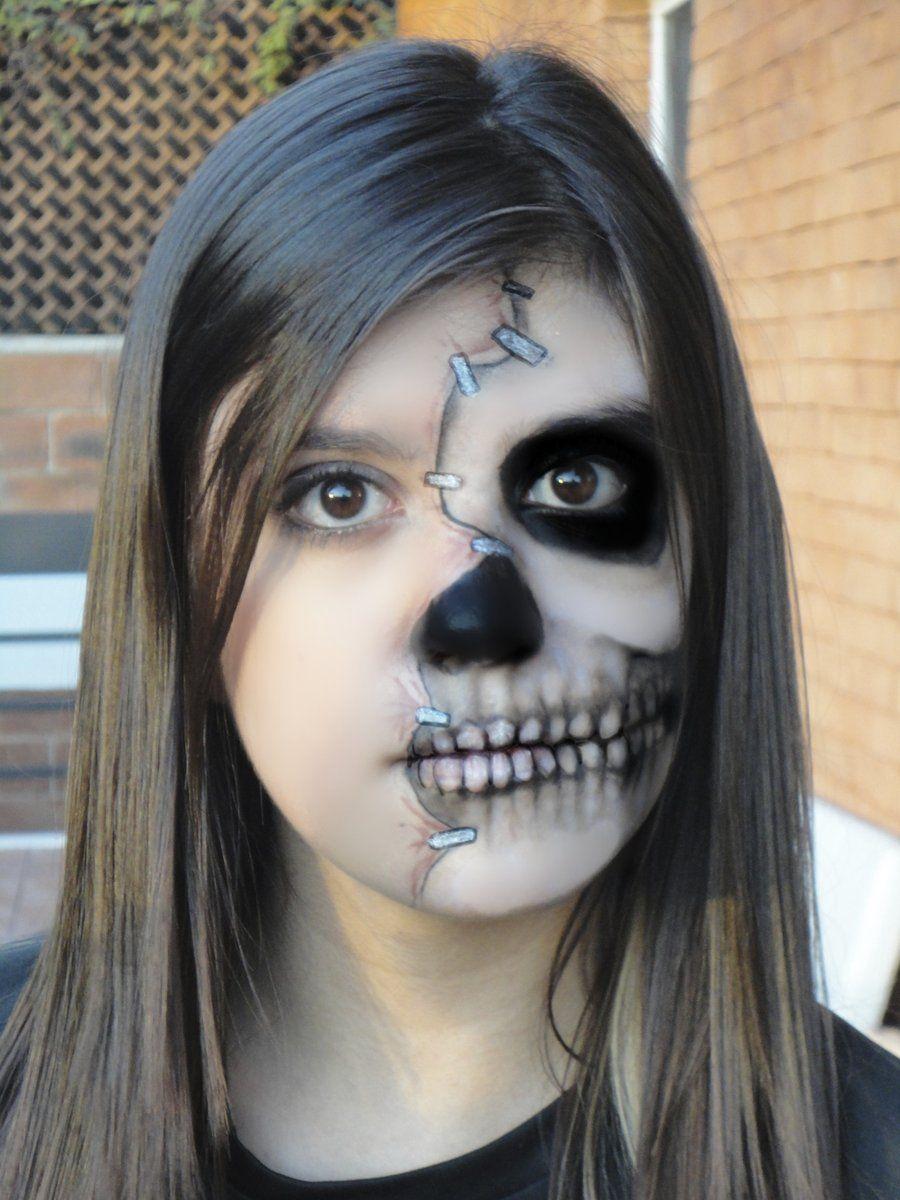 La Mitad De La Cara Del Maquillaje De Halloween Pintadas Face