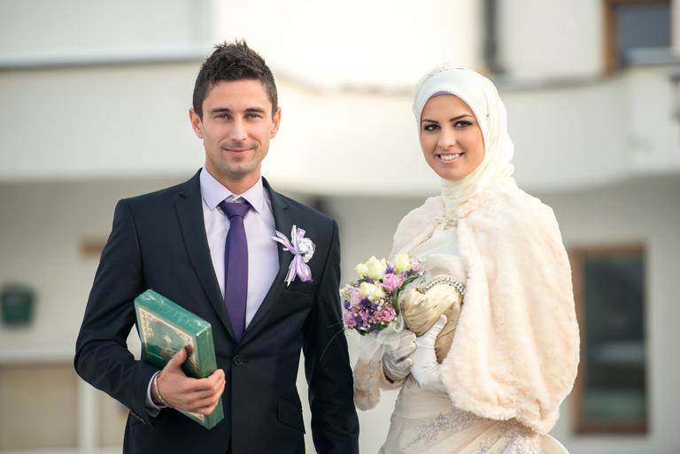 Ισλάμ σε απευθείας σύνδεση dating κρασί dating Μόντρεαλ 2013