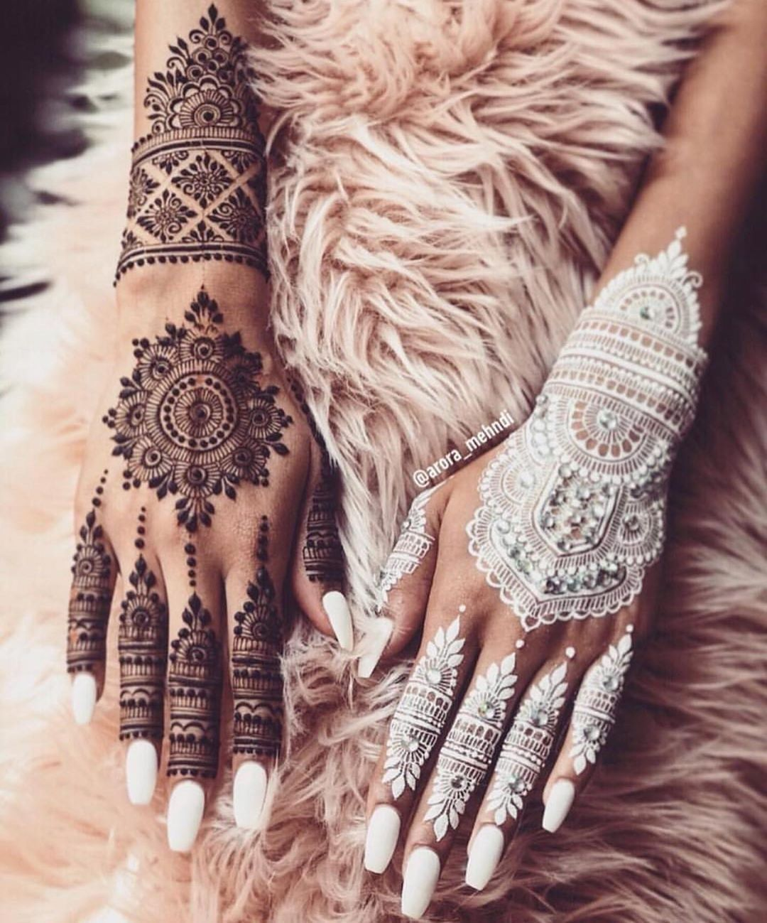 KC Special - Henna Designs For Your First Karvachauth! - Witty Vows #whitehenna