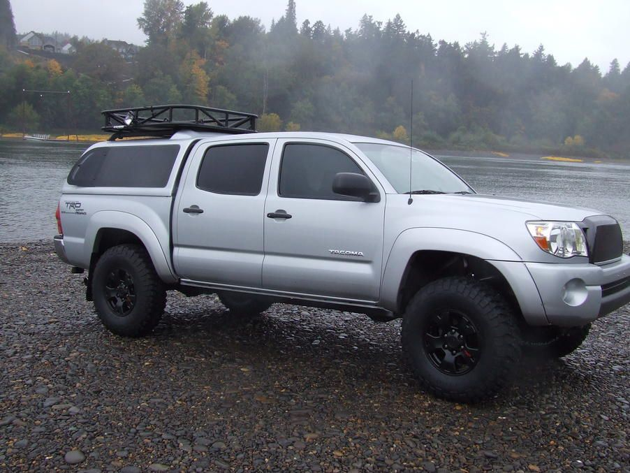Want? Yes. Yes I do. Silver Tacoma with nice Cap.