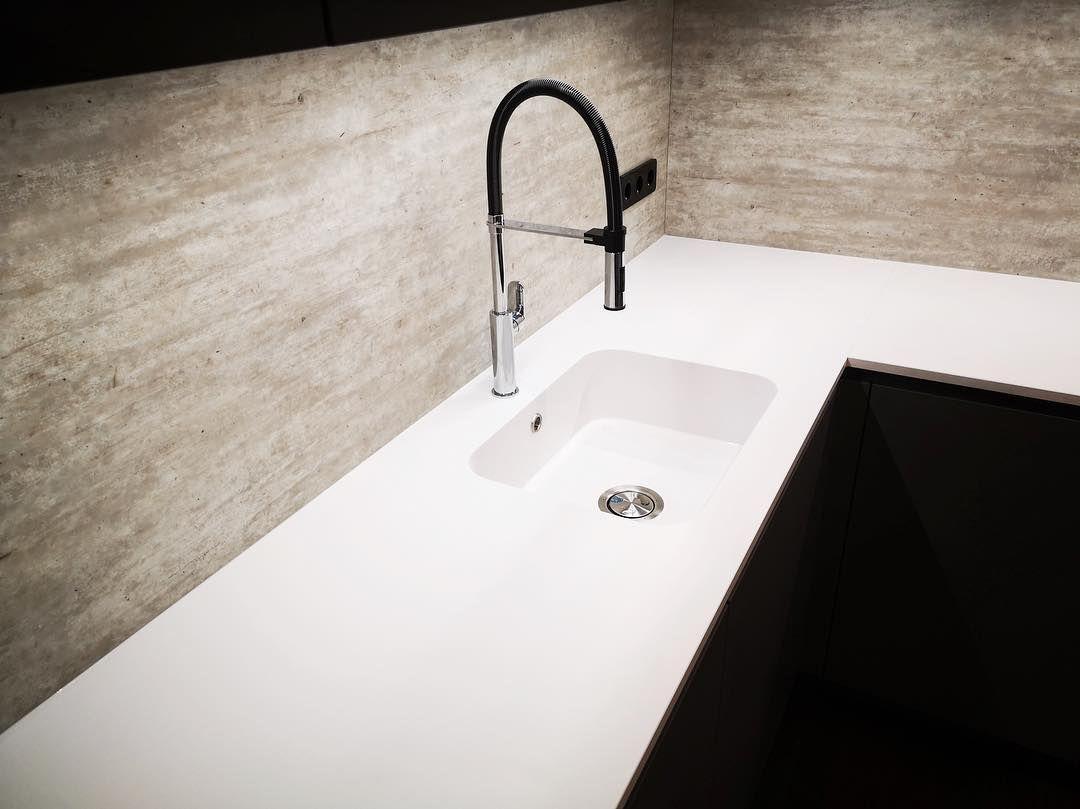 Marmi Futerno On Instagram Silestone Blanco Zeus Worktop With Integrity Sink Cosentino Silestone Silestonebycose Work Tops Kitchen Tops Sink