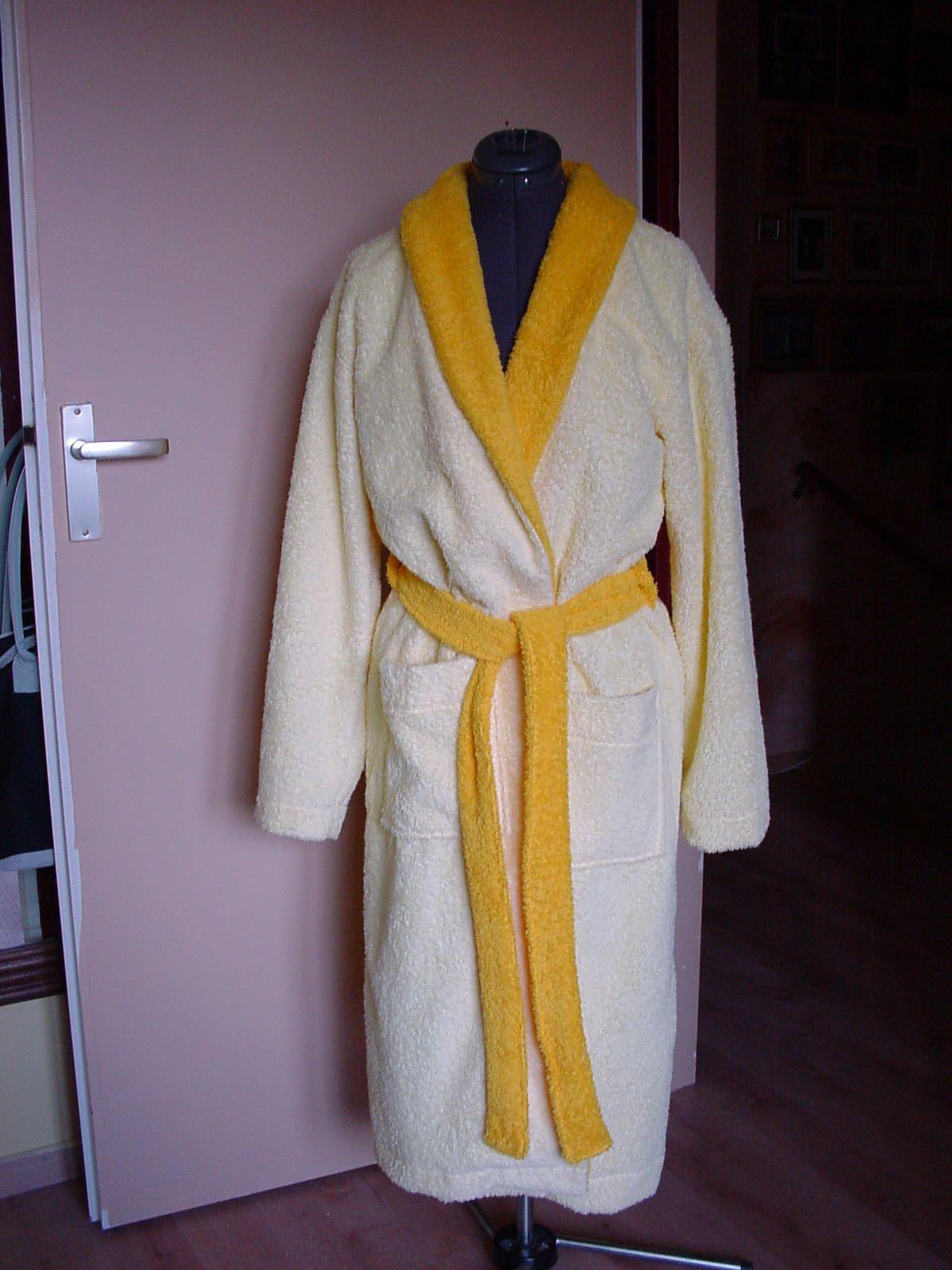 Selfmade: badjas - praktisch werk coupeuse lingerie (sep2009)