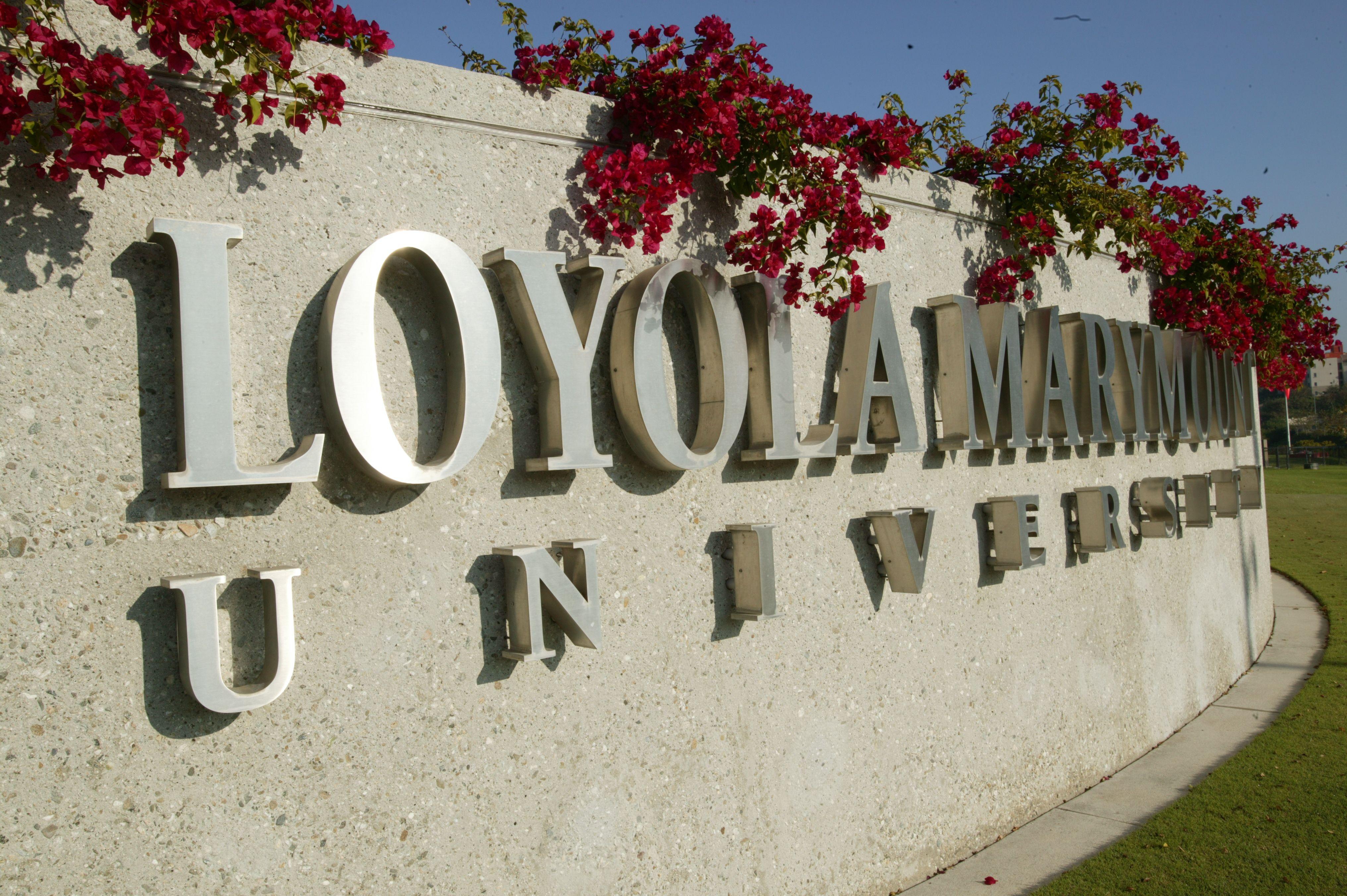 Pin By Karya International On Amerika Da Bulunan Universiteler Loyola Marymount University Catholic College Survival Lmu Essay Prompt