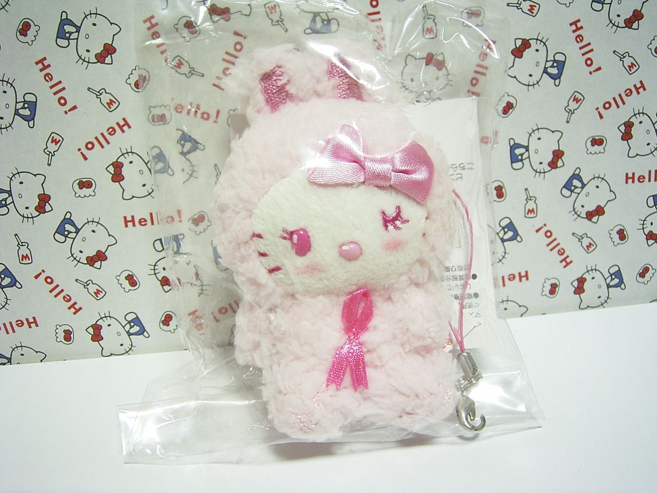 HELLO KITTY Pink Ribbon Festival Tiny Rabbit Bunny Plush Doll Strap 2010 Sanrio JAPAN