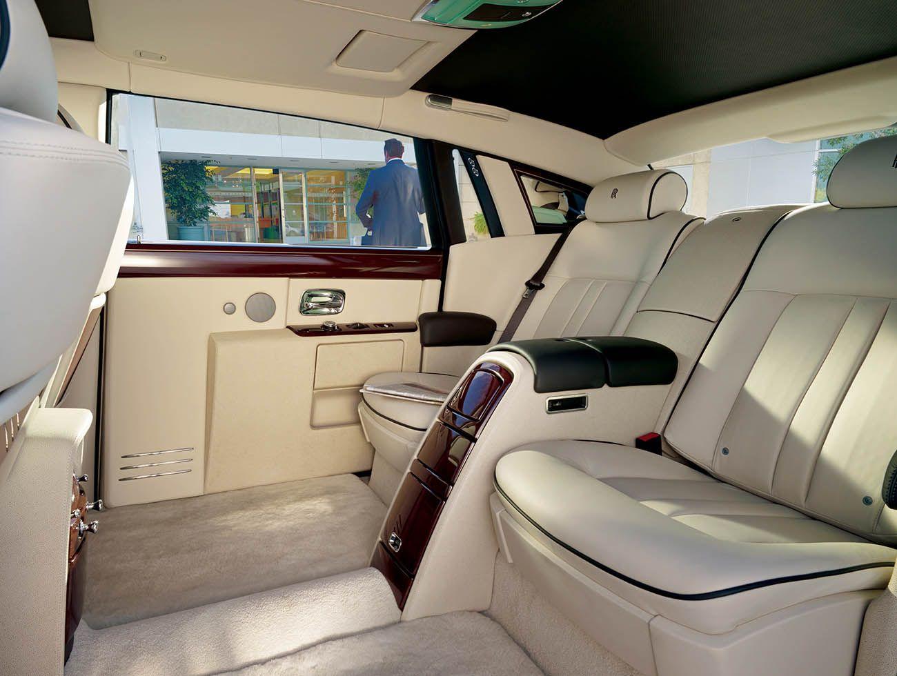 رولز رويس فانتوم السيدان الأفخم على الاطلاق موقع ويلز Rolls Royce Phantom Rolls Royce Cars Rolls Royce