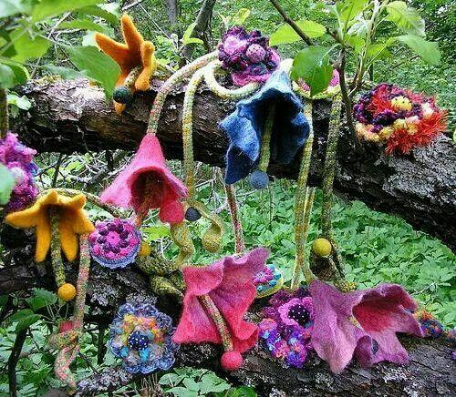 Crocheters Anonymous: The artistry of Marianne Seiman Via http://bit.ly/1ndeFUE ~ Pamela #crochet #inspiration #Yarnbomb