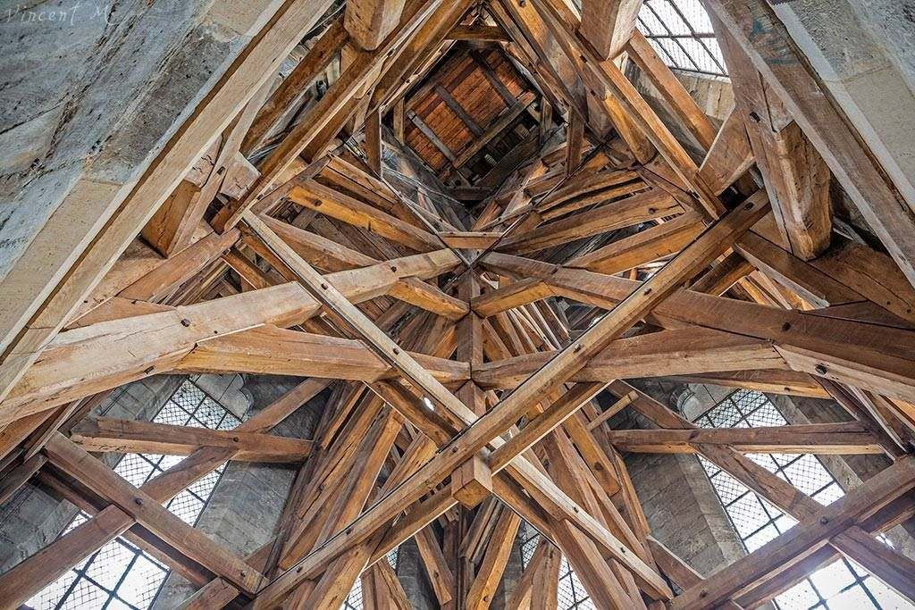 Pin By Scott Mcmahon On Notre Dame De Paris Eiffel Tower Eiffel Tower Inside Gothic Architecture
