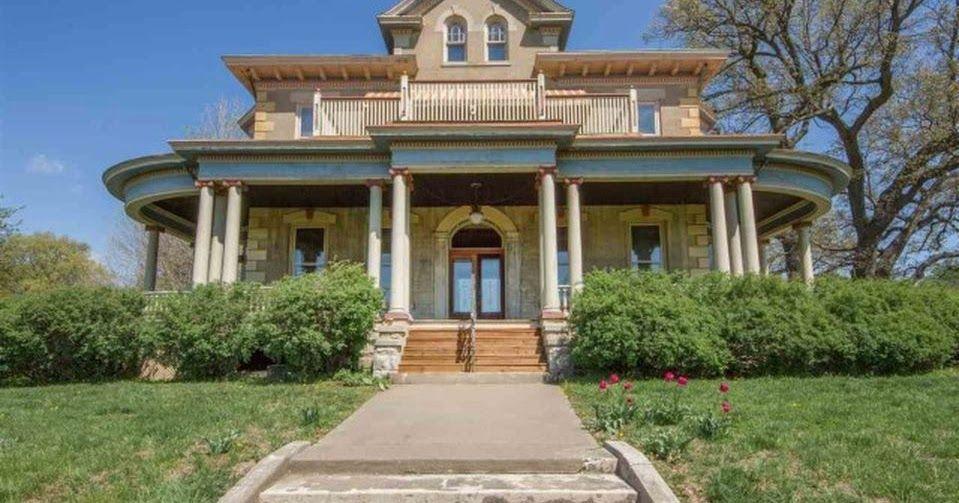 1877 Italianate Mansion In Davenport Iowa Mansions Fulton Homes