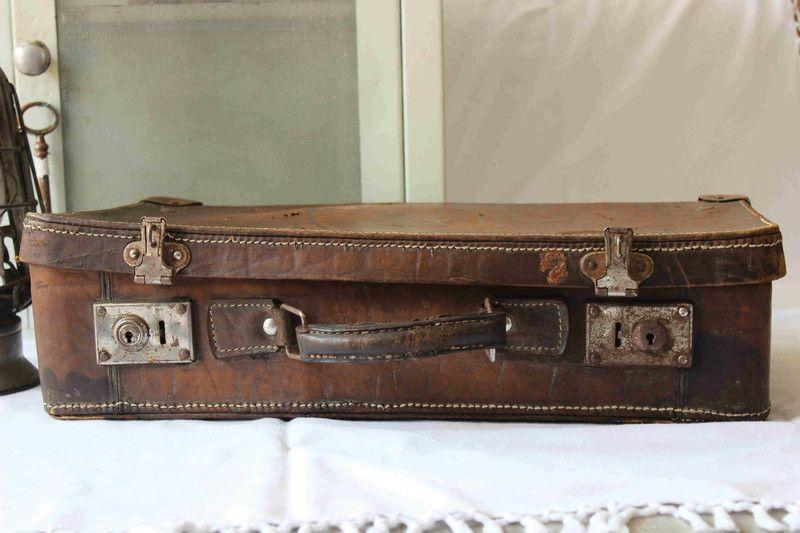 Alter Lederkoffer Shabby Vintage von TheCottage auf DaWanda.com