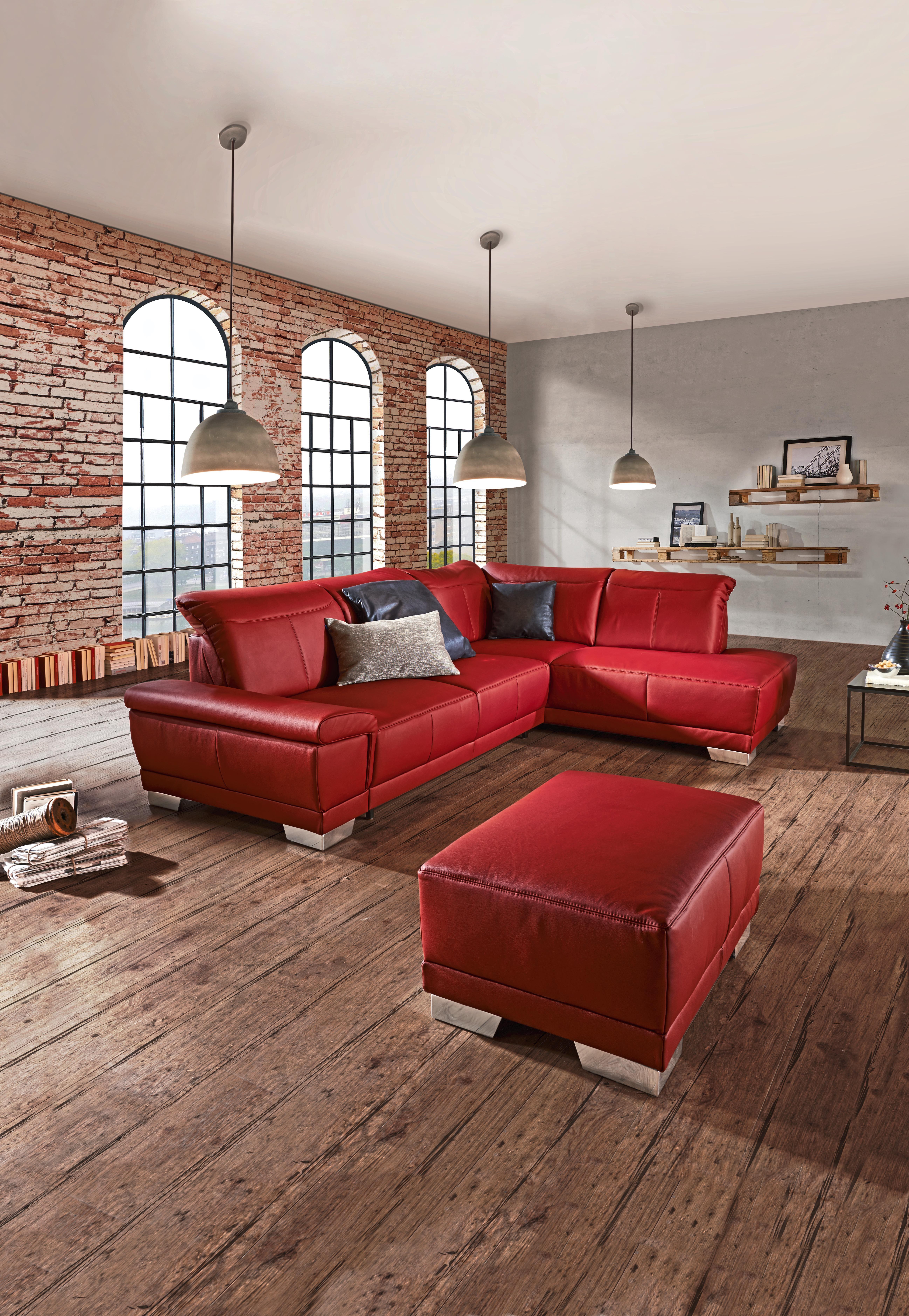Die Stilvolle Wohnlandschaft Von Xora In Knalligem Rot Wird Der Neue