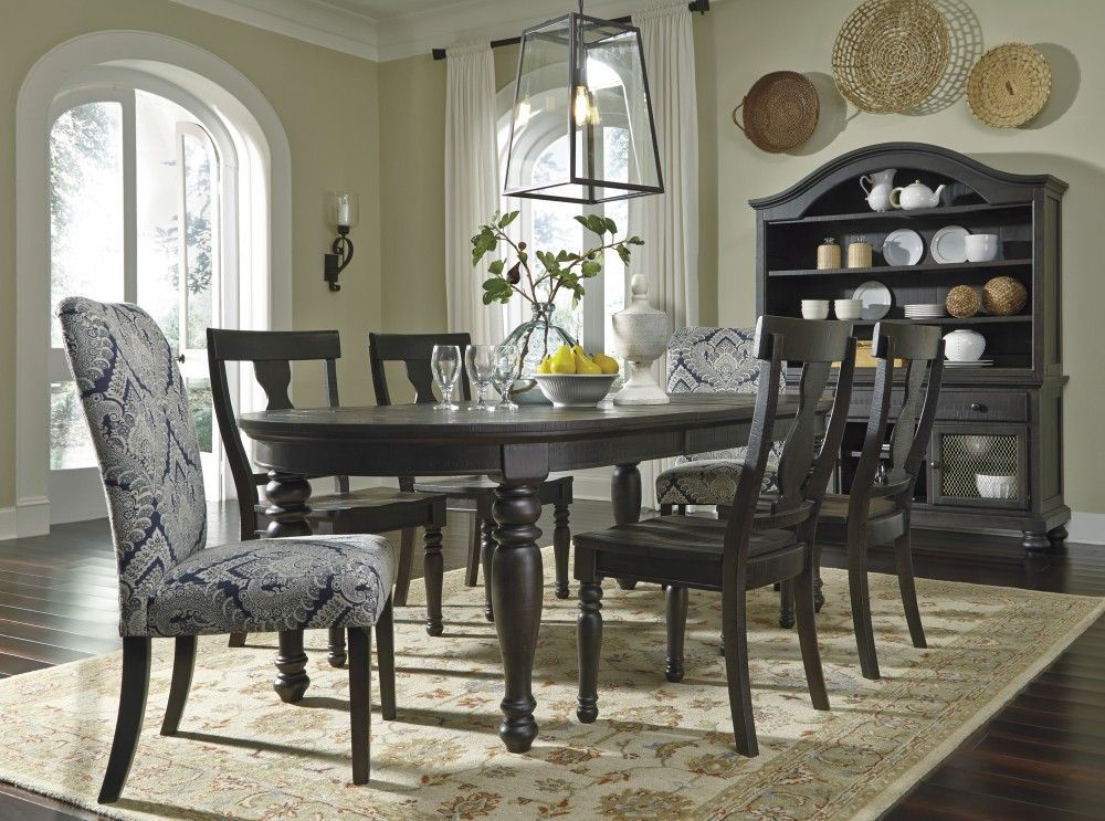 Sharlowe Oval Ext Dining Room Table 4 Side Chairs 2 Uph Side
