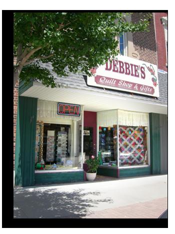 Debbie S Quilt Shop In Osage Iowa Quilt Shop Quilt Stores Quilts