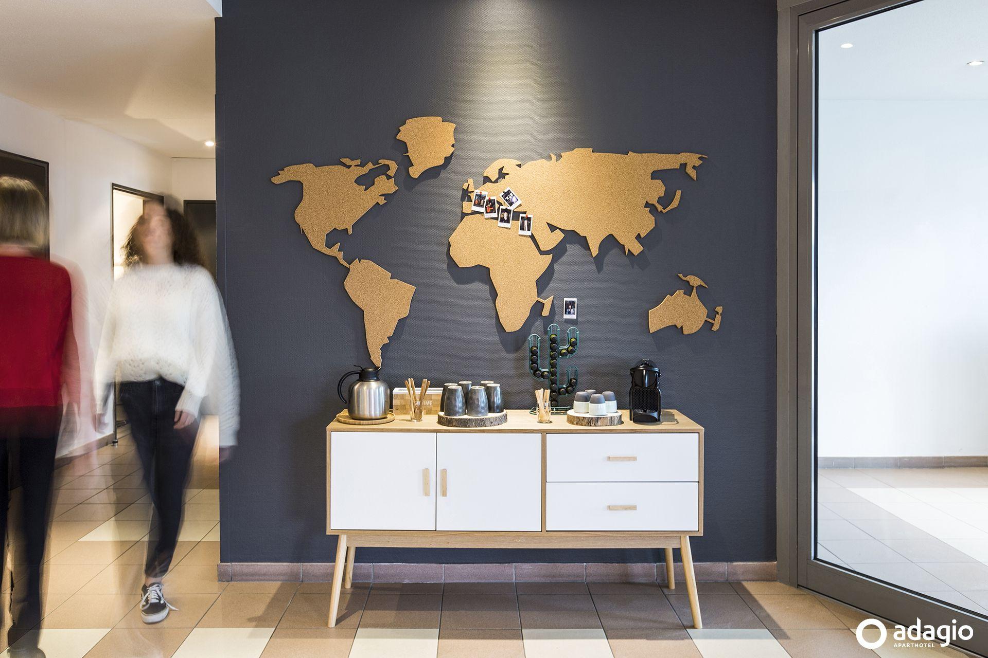 Epingle Par Rencontreunarchi Com Sur Archi Hotels En 2020 Architecte Interieur Hall D Hotel Mobilier