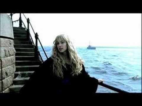 Blackmore`s Night Diamonds and rust