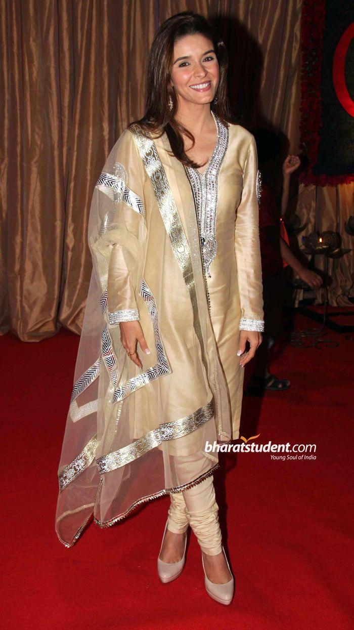 Raageshwari At Ganesh Hegde S Wedding Reception 2011 Indian