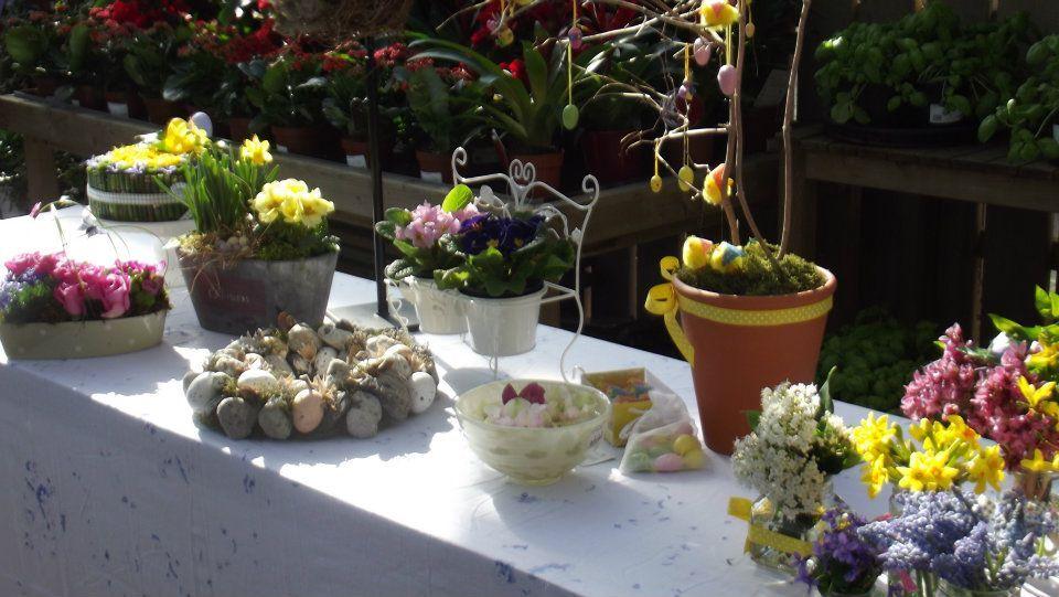 Easter Art with Carol Bone at Powerscourt Garden Pavilion, Wicklow, Ireland. www.powerscourt.ie #floralart #easter #flowers #ireland #flowerarranging