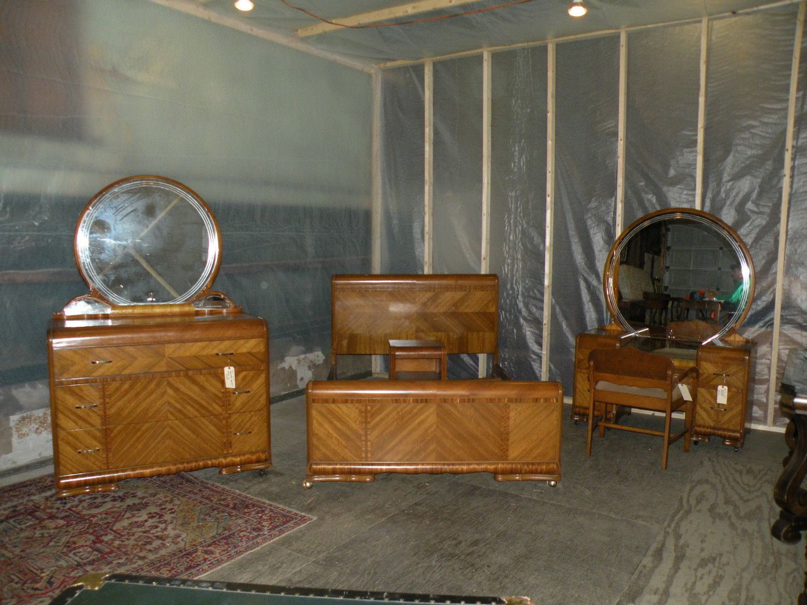 Superb Antique Art Deco Waterfall Furniture Bedroom Set Full Queen