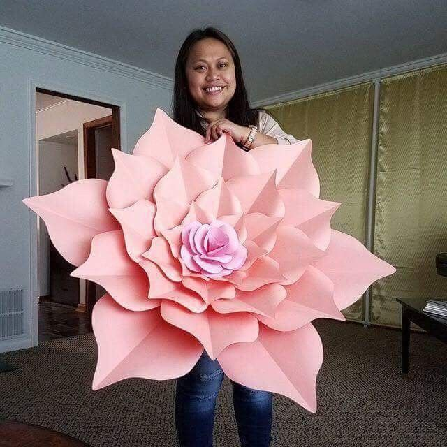 How To Make Big Paper Flowers Crafts Pinterest Paper Flowers