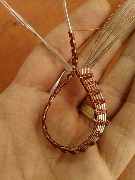 7ad8896df9b5a61d4143b8616cfb0053.jpg (972×1296) | Jewelry..Beads ...