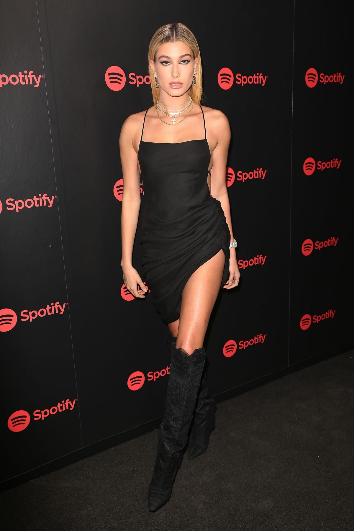Hailey Baldwin Spotify Best New Artists Party January 25 2018 Arnaude Sandals Pink Wearing Jimmy Choo X Off White Elisabeth Boots And Jacquemus Spring Suadade Dress