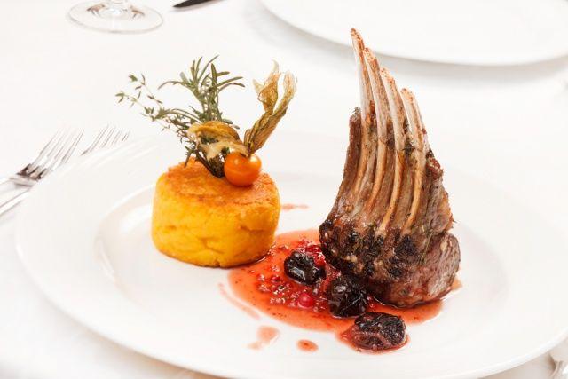 Delicious roasted Lamb Chops - Perfect winter wedding food | Wedding ...