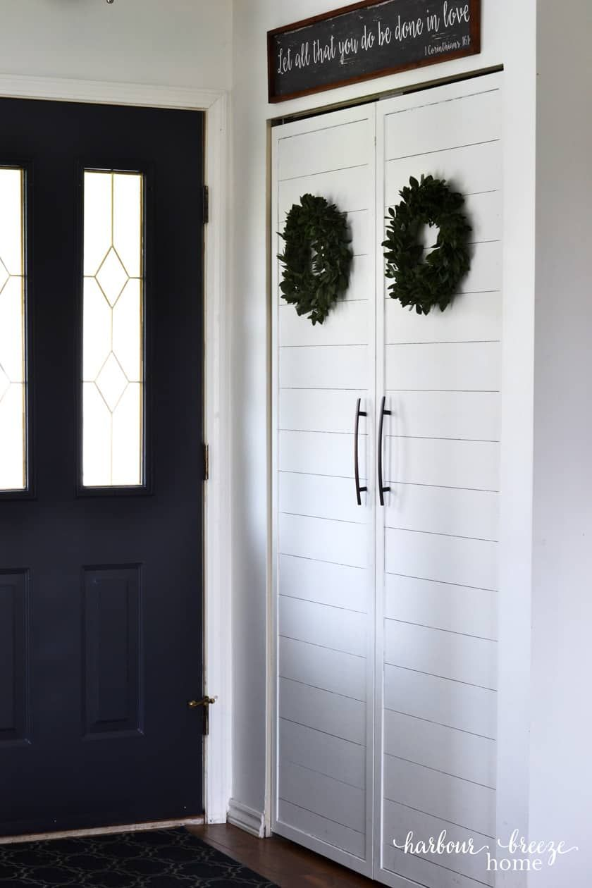 5 Ways To Give A Small Entryway Closet Farmhouse Charm Harbour